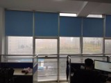 龙岗区办公室窗帘安装 康桥外国语学院周边卷帘百叶帘垂直帘定做