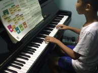 南山大新少儿钢琴培训班什么样的孩子适合学钢琴
