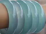 天然玉石缅甸A级新坑翡翠手镯带蓝水玉镯浅绿厂家女款特价直销