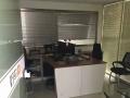 中良 东怡金融广场 家具齐全 多间办公室 面积紧张