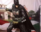 蝙蝠侠大战超人人物模型生动形象玻璃钢造型低价格