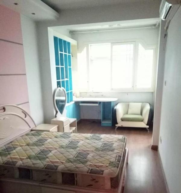 博士名城精装合租公寓,押一付三,家具齐全,拎包入住