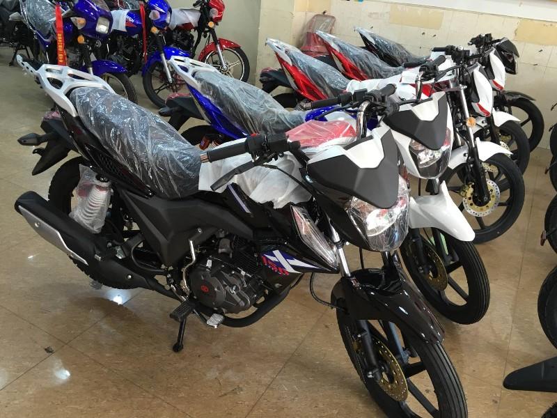 全新二手摩托车 都有只要是两轮摩托车我们都有卖 包送货