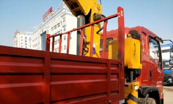 随车吊徐工6吨8吨随车吊