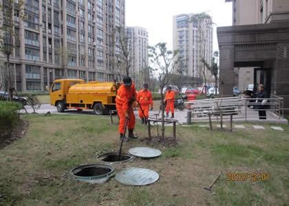 唐山退伍军人化粪池清理吸污高压清洗管道疏通