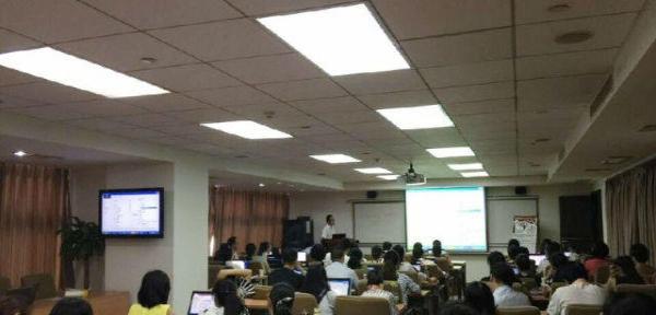 长沙暑假电脑培训、电脑办公培训小班上课包教包会