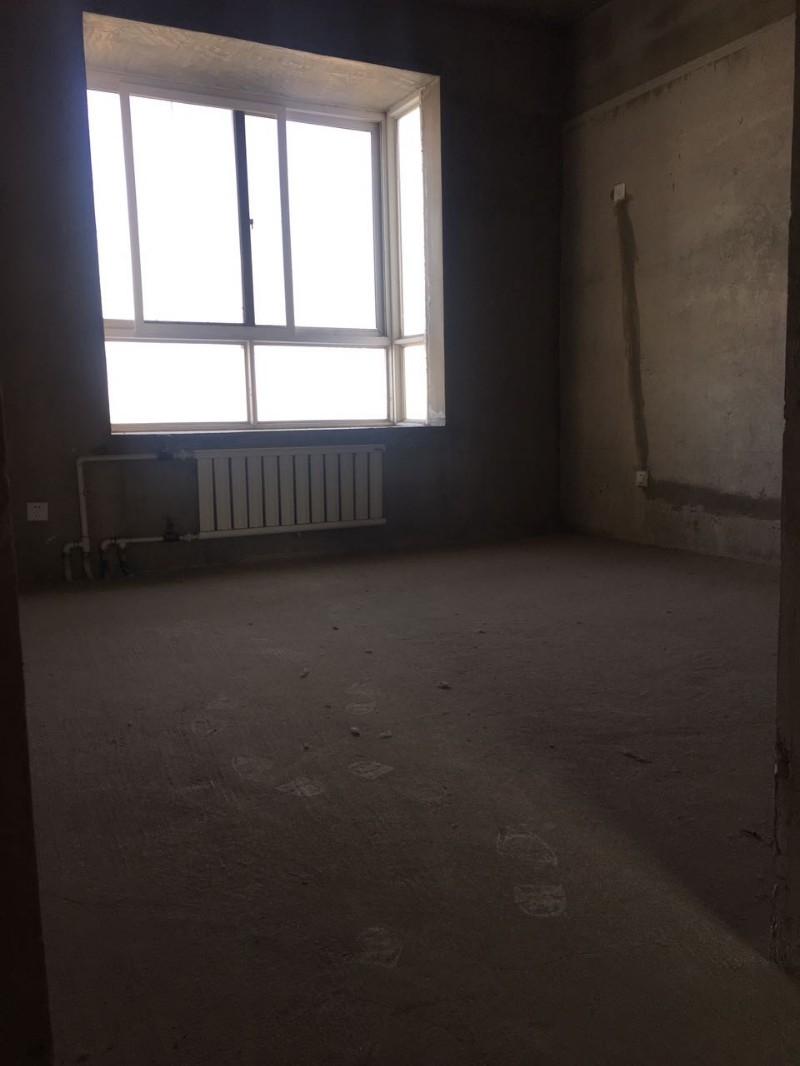 千渭星城 3室 2厅 144平米 整租