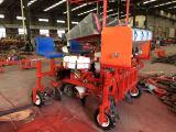 药材移栽机 皓泽农业装备提供有品质的药材移栽机