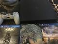 出售全新的新版PS4 slim