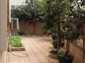 华侨城 状元楼 别墅区一栋三层半带花园及车库即买即入住