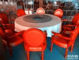 餐厅经营不善,重新装修,风格转换,大量全套餐饮桌椅售卖!
