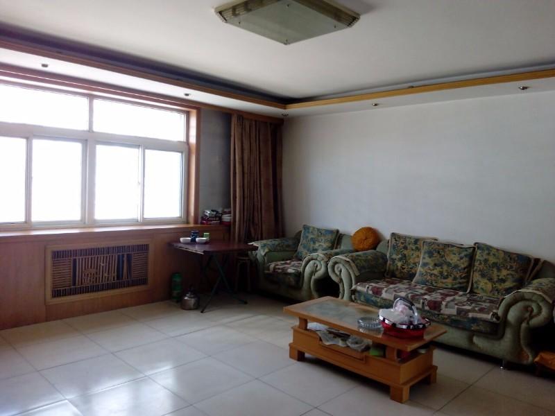 出售 乒乓球厂底商楼3楼121.67平米 大产权