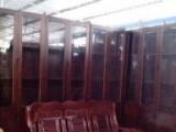 回收武汉家具、席梦思床、衣柜,餐桌、沙发,家电等