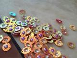 专业生产高品质PET珠片, PVC珠片,环保珠片,各色各样亮片