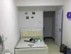 福飞南路精装单身公寓惊喜首租,设备全新,独卫阳台厨房一应俱全