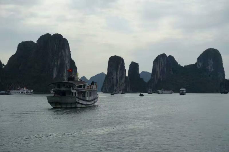 南宁到越南下龙湾 河内四日游(一价全包 无自费,无购物)