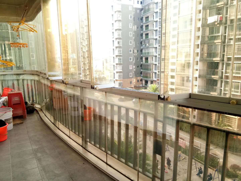 出租印象巴厘小区电梯房5楼 精装修 全套家具家电齐全 保印象巴厘