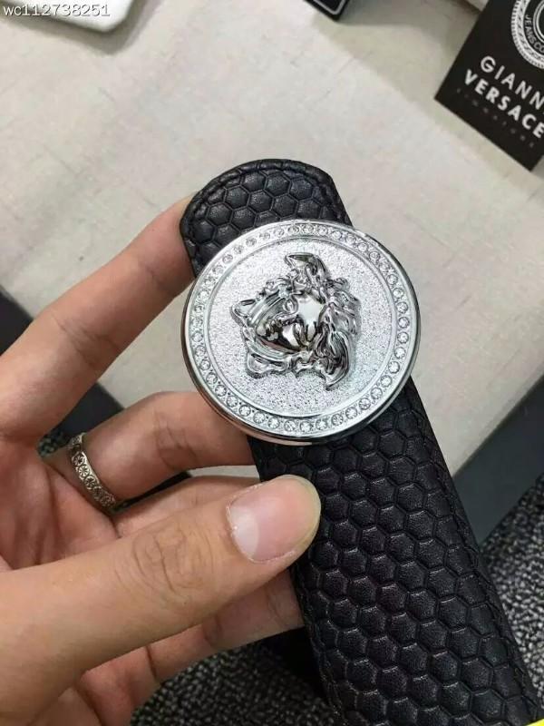 广州高仿名牌手表精仿奢侈品服装货源批发哪里有