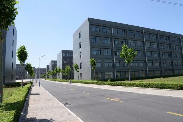 初中毕业学什么专业好郑州商业技师学院计算机应用与维修专业