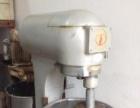 二手蛋糕烤箱,和面机,搅拌机,打蛋器便宜出售