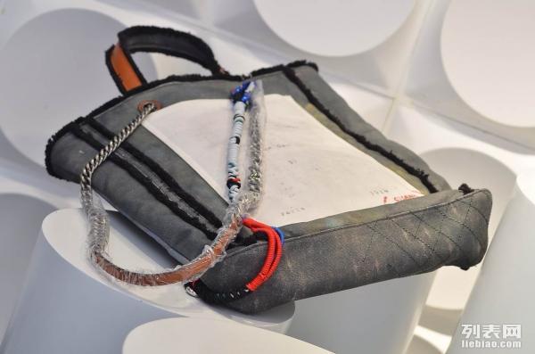 1高仿奢侈品(Lv GuuciChanel)批发,零售手表