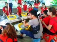 深圳市南山松坪小学户外亲子游在东莞亲子游农家乐松湖生态园进行