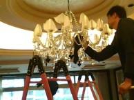 上海南汇水晶灯清洗哪家好 上海保洁公司