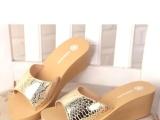 夏季新款 时尚橡胶一字拖 舒适居家拖鞋