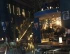 大溪地1912西街区酒吧转让(可空转做餐饮)