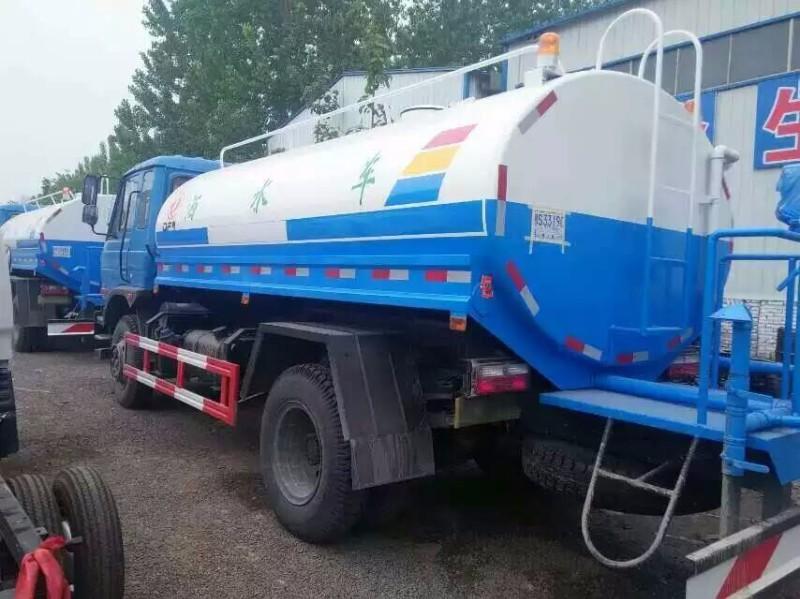 各吨位绿化洒水车厂家直销全国联保质量可靠