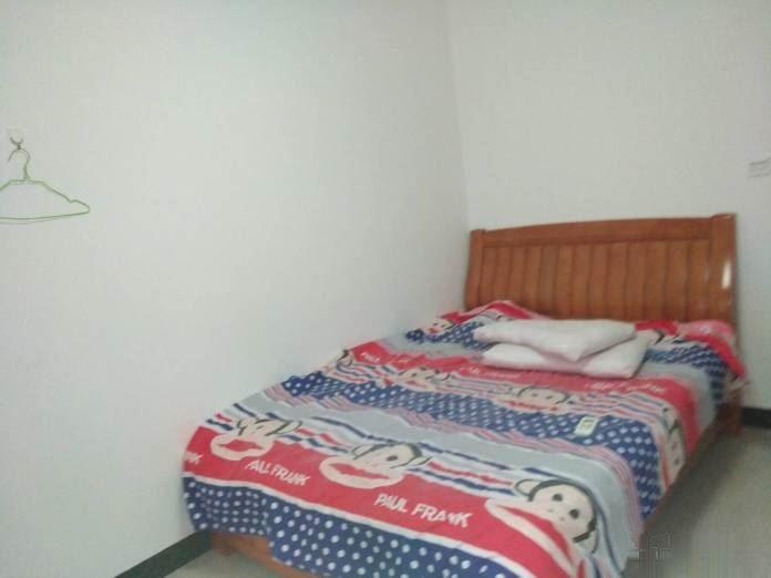 天悦华庭 1700元 2室2厅1卫 精装修,封闭小区,有
