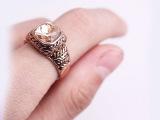 复古合金戒指 雕花波浪纹刻花戒指 中间宝石镶嵌 现货供应