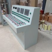 豪华式监控PLC操作台 监控台生产厂家 服务周到贴心