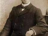 一百年前,他用 溺爱式 教育培养出  精英家庭