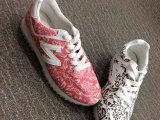欧美风休闲鞋大牌跑步鞋平底系带时尚明星款女鞋微信代理一件代发