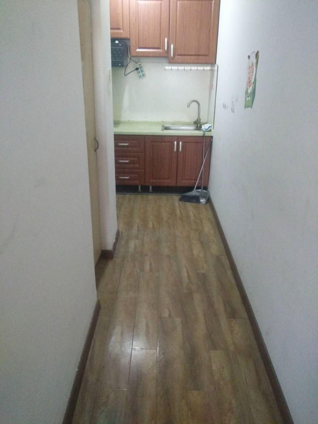 台东附近,威海路附近两室一厅房子出租