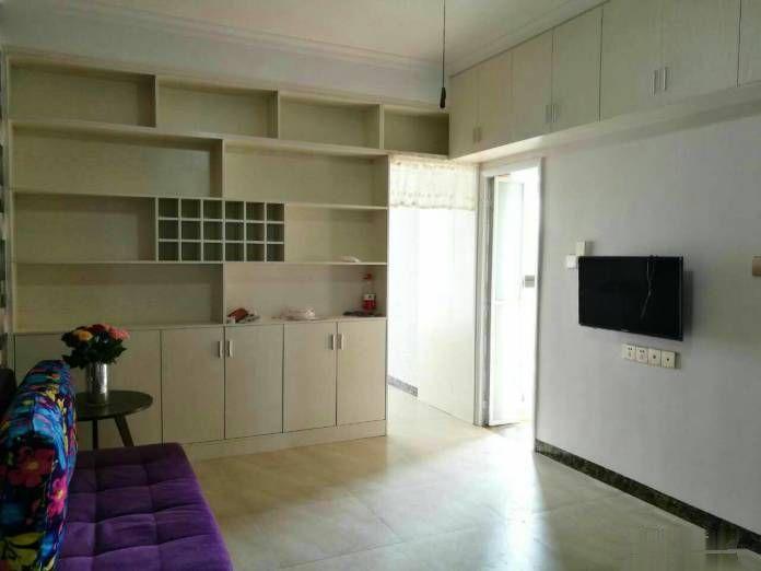 鸿大第六区+单身公寓+家具家电齐全+拎包入住