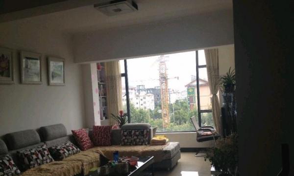 古城区黄金地段,电梯公寓自住或办公会的佳选择