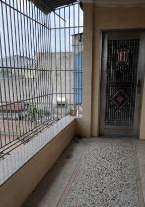 广达新楼一房一厅低价有家具厨房阳台