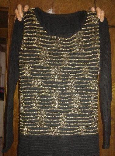 处理冬季的毛衣,针织连衣裙,短裤。单件15