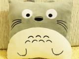 批发龙猫抱枕起司猫抱枕轻松熊抱枕毛绒玩具创意暖手抱枕靠垫
