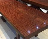 山东高档崖柏根雕茶桌供应|红木大板生产商