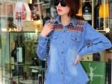 新款女装春季刺绣民族风双袋复古水洗单排扣拼色牛仔衬衣翻领衬衫