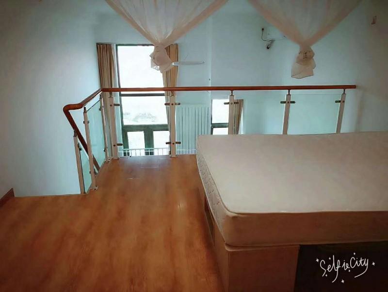 科技园区 金域缇香 2室 1厅 60平米 整租