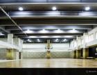 成都西门最大的室内篮球馆 成都室内篮球场 每时运动馆