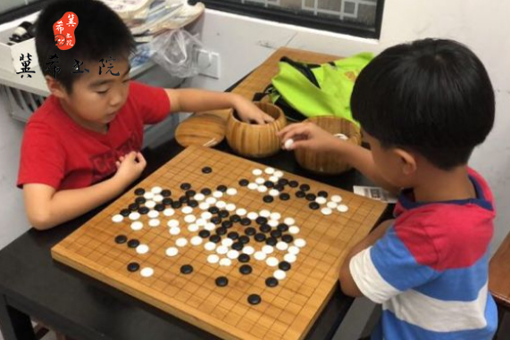 行知学校附近正规的儿童围棋培训中心