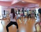 深圳哪里有舞蹈老师编排公司年会舞蹈呢?龙华区上塘附近有吗?