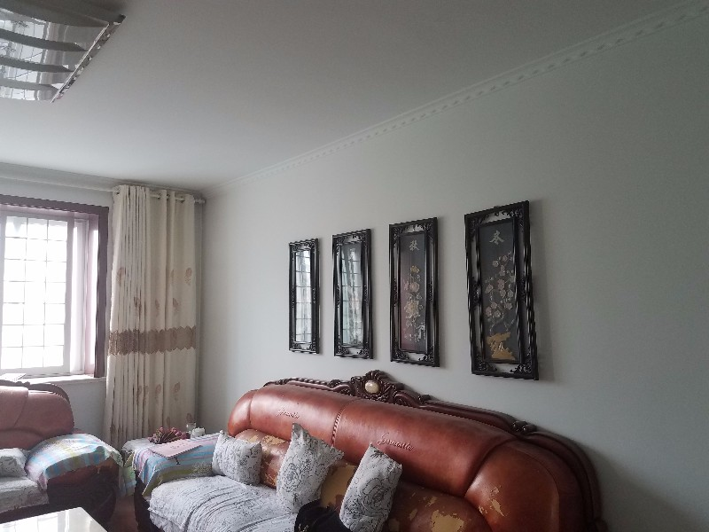 胜利 新区榴香园 3室 2厅 138平米 整租