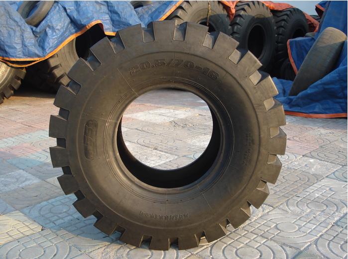 20.5/70-16推土机轮胎隆工铲车轮胎