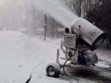 人工造雪机多少钱厂家价格 滑雪场冰雪乐园用国产造雪机